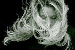 El cuidado del cabello y la linaza